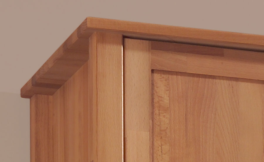 massivholz kleiderschrank leylaclassic hochwertige massivholzm bel von der. Black Bedroom Furniture Sets. Home Design Ideas